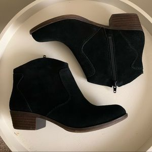 Lucky Brand Belia Black Suede Booties Size 6M